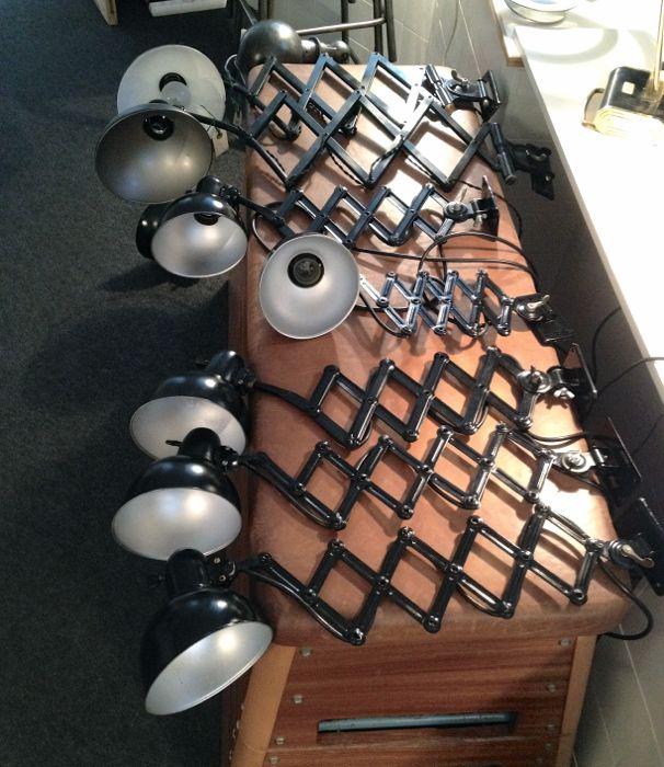 ML-Kaiserlamper-paa-folde-arm-boligblog.com